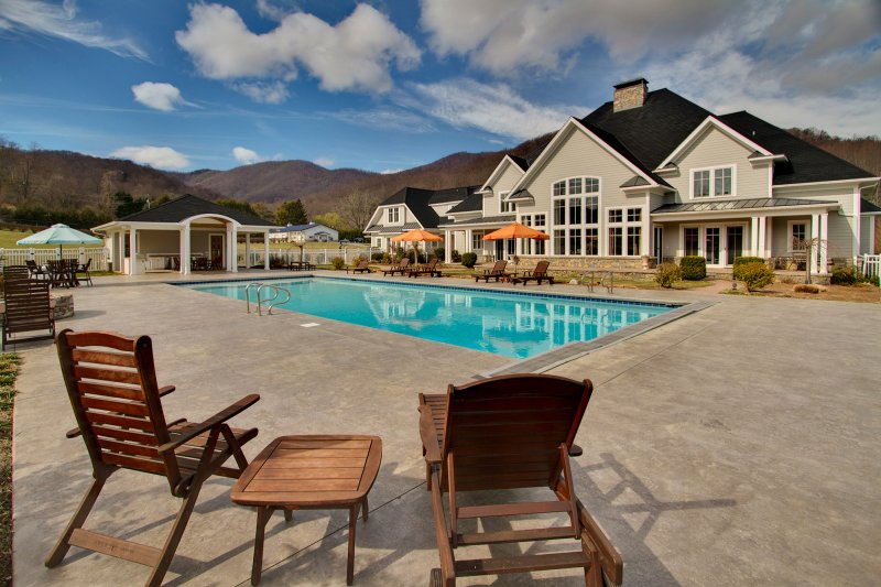 Pool in Waynesville